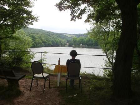 Uitzicht op het vakantiepark am Vatteroder Teich-meer