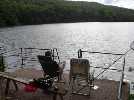 Vissen bij het meer am Vaterroder Teich