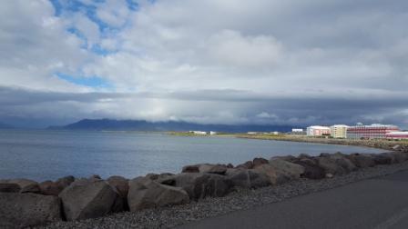 Reykjavik uitzicht zee
