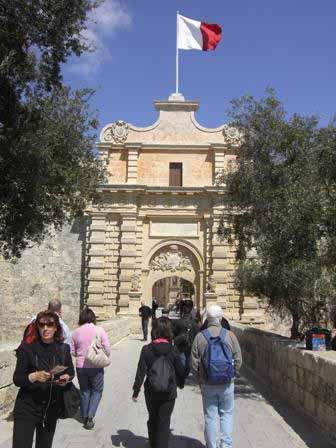 De ingang van de Medina, stadspoort