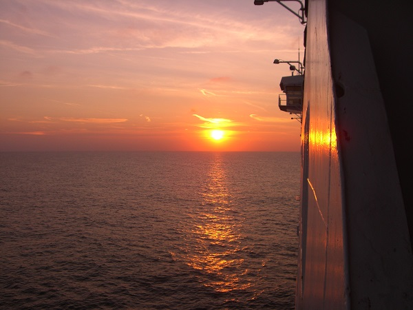 Overtocht naar Schotland, zonsondergang