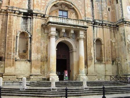 St. Johns kathedraal ingang