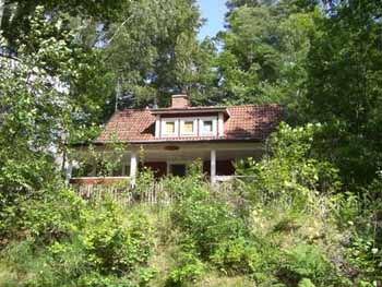 Vakantiehuisje Asljunga vooraanzicht